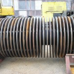 Hammer crusher rotor with discs